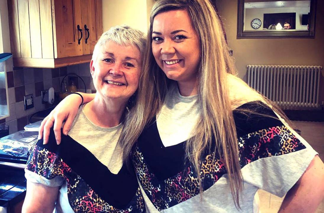 Solihull recruitment consultancy ready to GLOW at Memory Walk for founder and mum with dementia