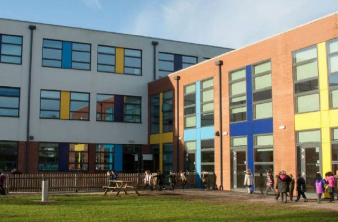 Unions in the UK warns over school reopening