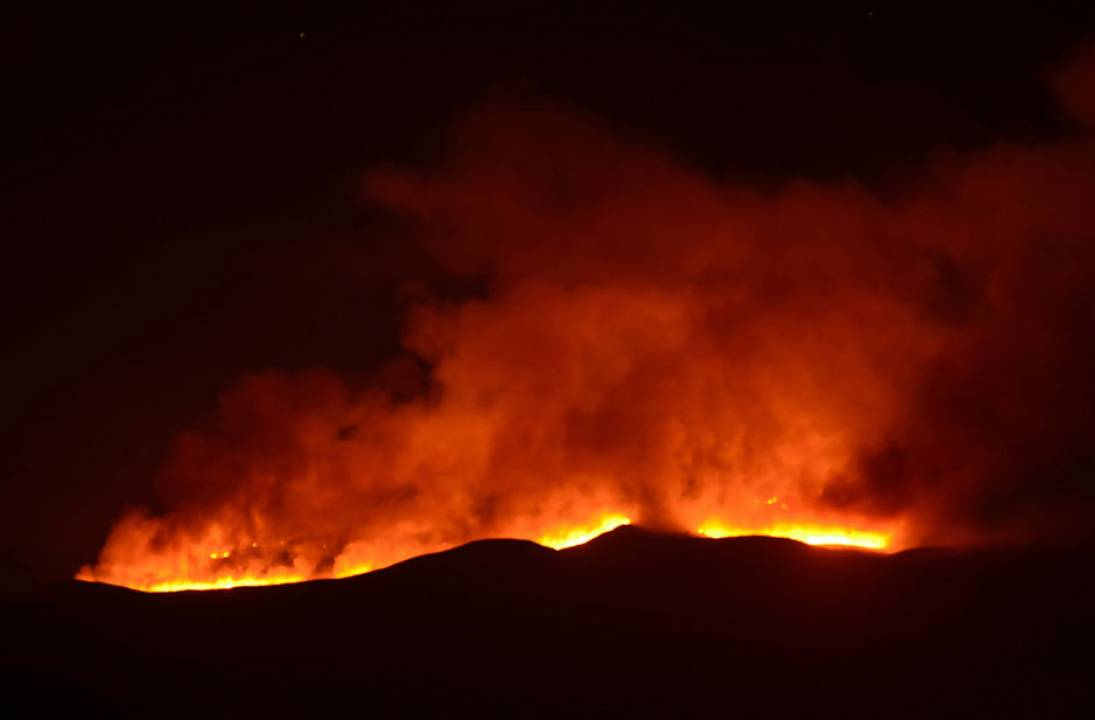 Fire breaks out on Africa's greatest mountain