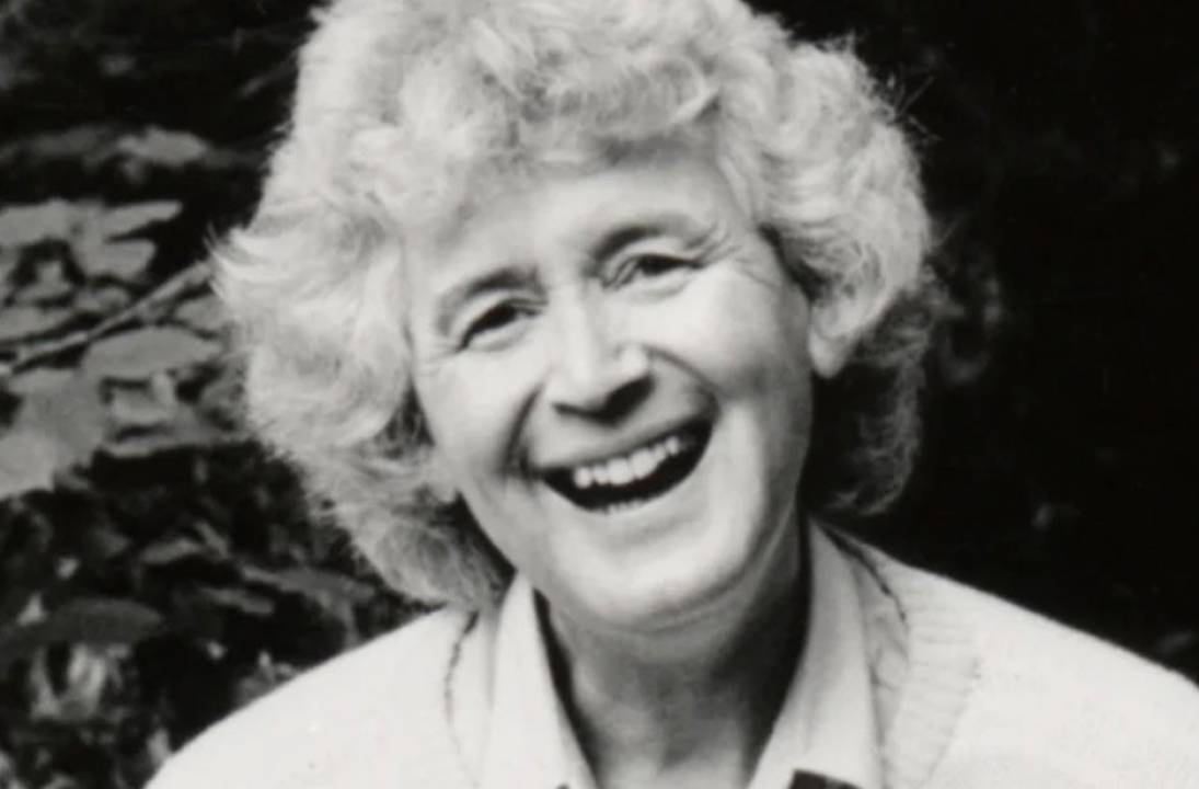Travel writer and journalist Jan Morris dies at 94