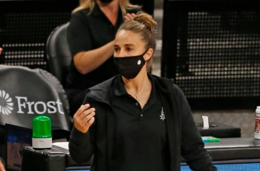 Spurs' Hammon the first woman to lead team in the NBA