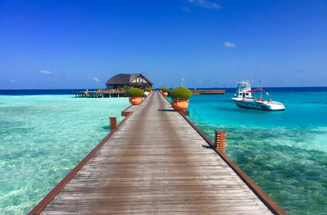 Maldives to Vaccinate Tourists upon Arrival
