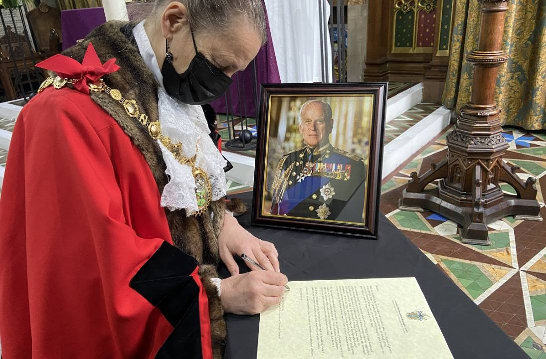 Letter of condolence to Her Majesty the Queen on behalf of the people of Sandwell