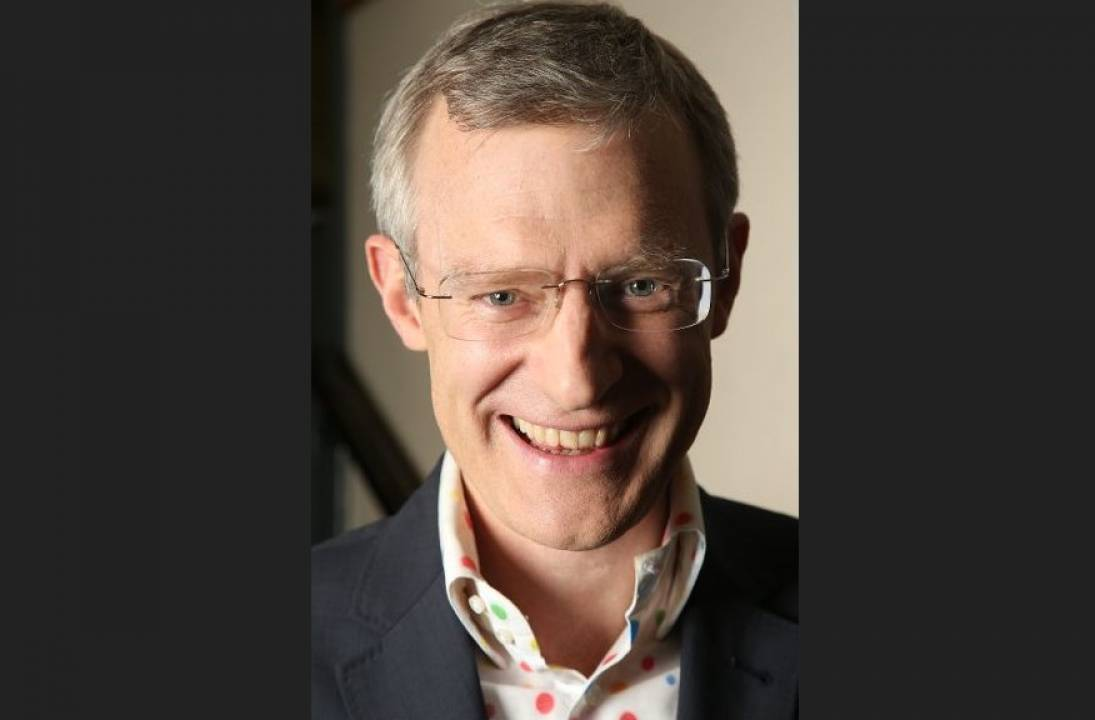 Special Guest Host Jeremy Vine to Quiz Sutton Coldfield in Online Event